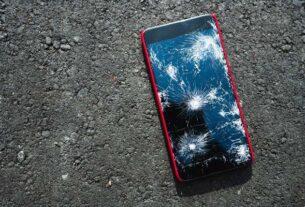 Serwis Apple iPhone - co brać pod uwagę, czego unikać